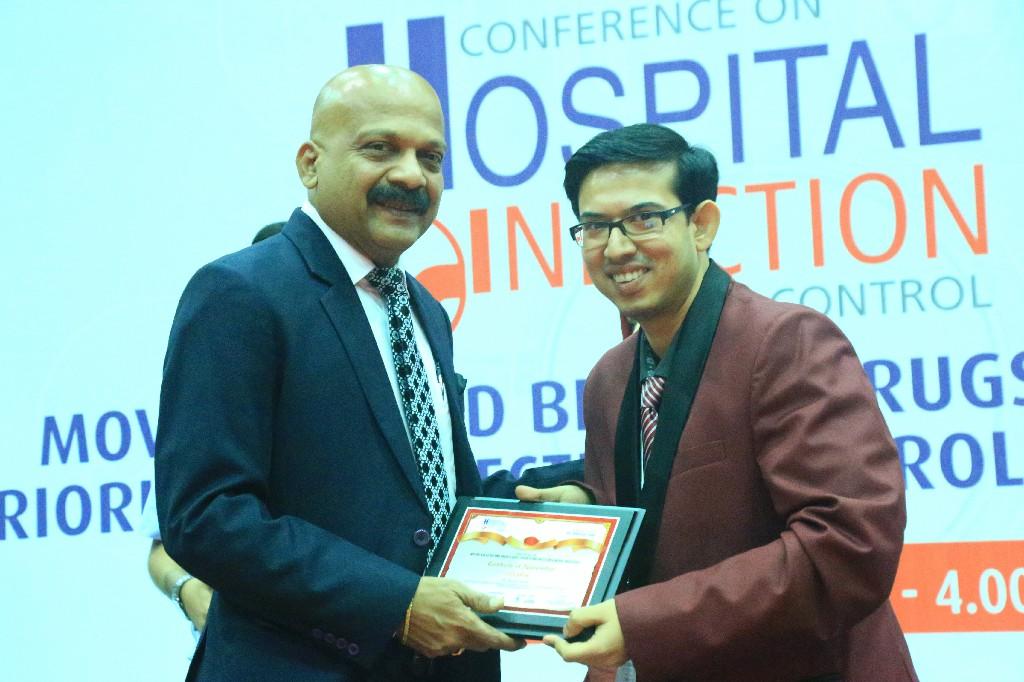 Jayaraman-Nair-Chairman-Virtual-Info-Systems-Pvt-Ltd-Dr-Sourav-Maiti-Chief-Consultant-Clinical-Microbiologist-Institute-of-Neurosciences-Kolkata