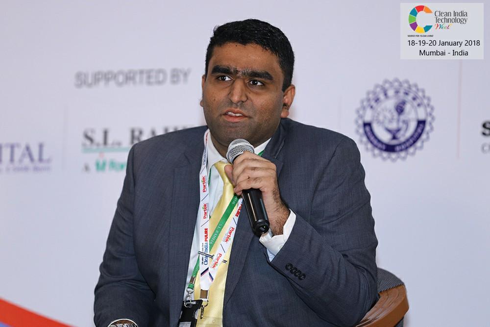 Dr.-Dhruv-Mamtora